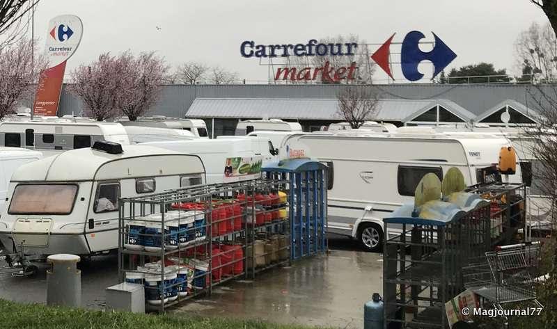 Carrefour : Les syndicats préparent une grève