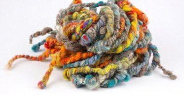 Un filato art yarn in vendita sul sito WoolWench