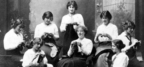 Un gruppo di donne neozelandesi al lavoro per gli ANZAC