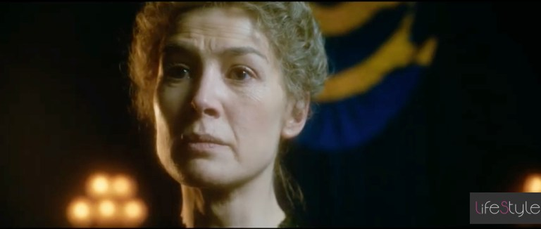 Radioactive, Rosamund Pike interpreta Marie Curie al cinema