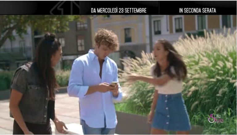 Disconnessi On The Road,Paolo Ciavarro, Paola Di Benedetto e Giulia Salemi in giro per l'Italia