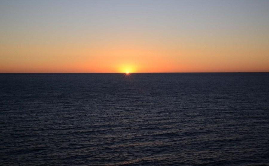 تفسير رؤية البحر في المنام لابن سيرين مجلتك