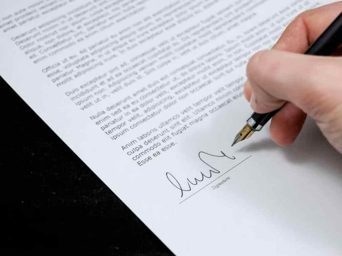 بالأمثلة والنماذج طريقة كتابة رسالة بالإنجليزي مجلتك