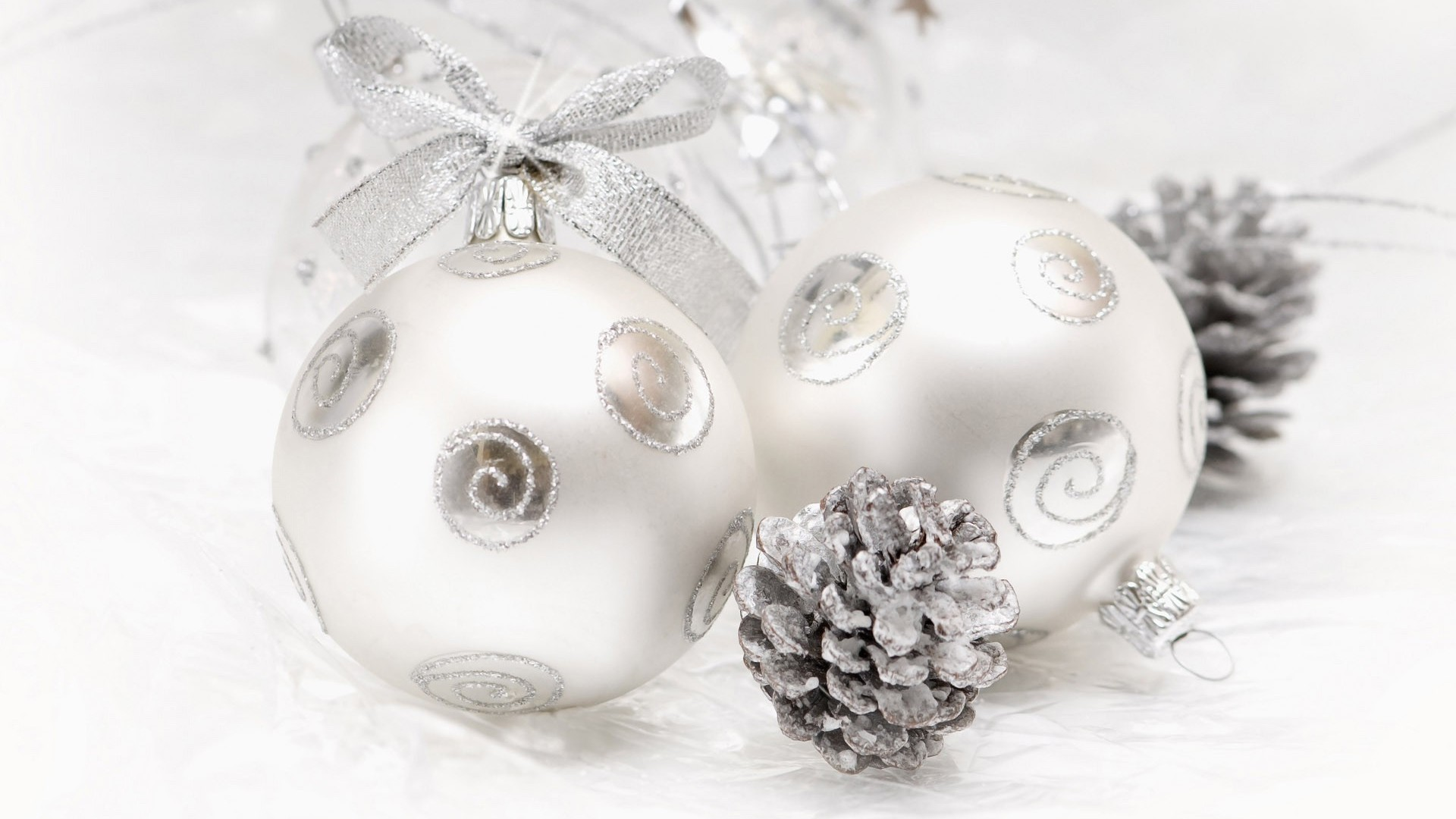 White Christmas Ornaments Pictures Amp Photos