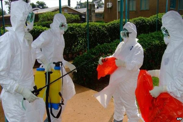 ebola_medicos