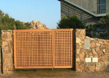cancello in carabottino Legno Teak e Iroko