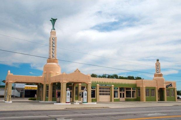 U-Drop-Inn - Shamrock, Texas