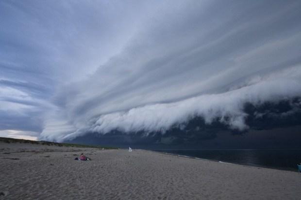 shelf-cloud-tsunami-sydney_009