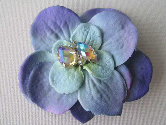 Etsy handmade wedding flower hair clip in the Unique Bride Journal