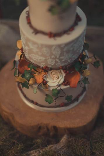 An autumnal Secret Garden Wedding Styled Shoot in an upcycled green house