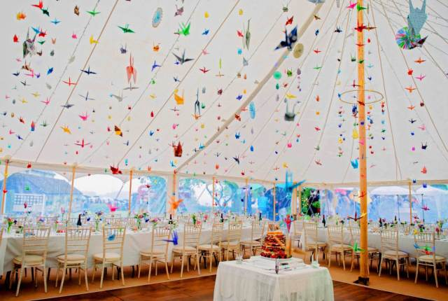 5 things to consider when hiring a marquee for your wedding