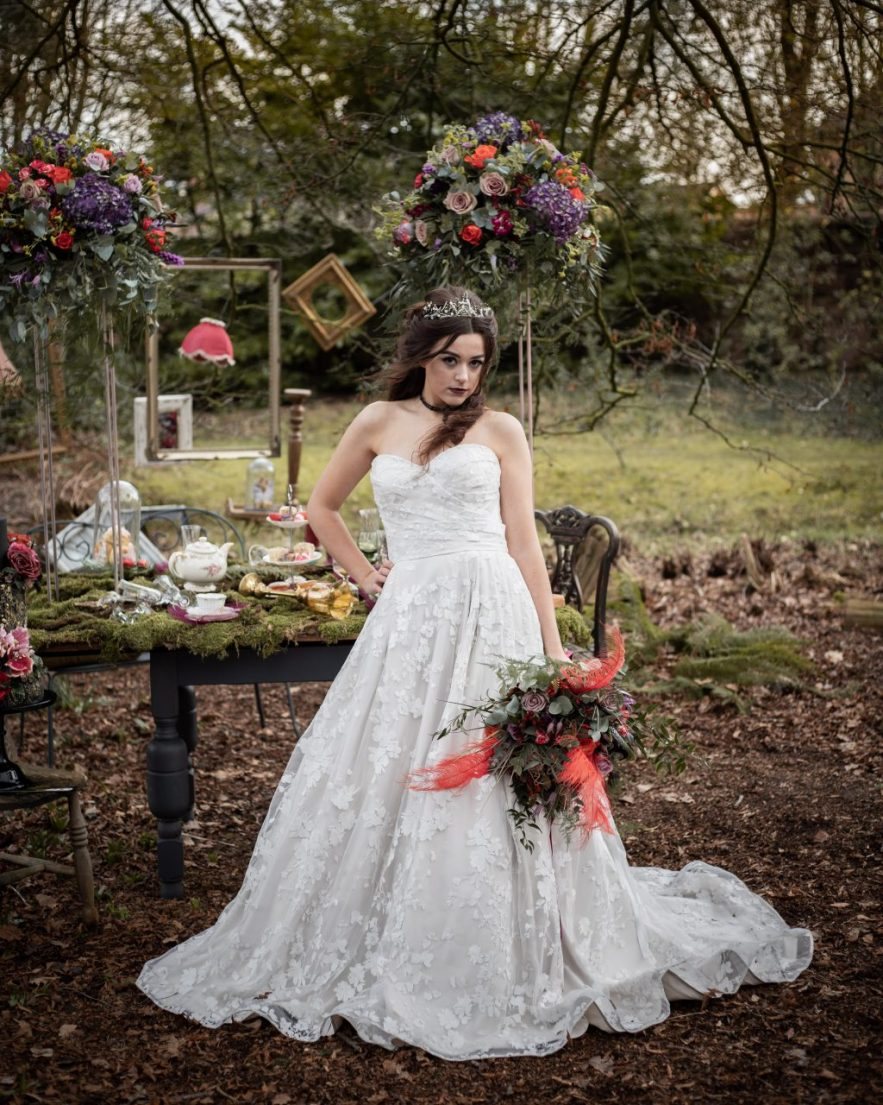 Dark Alice Styled Shoot 00179