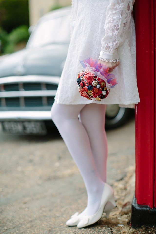 1960's Wedding Inspiration with Daisy Details and Button Bouquets