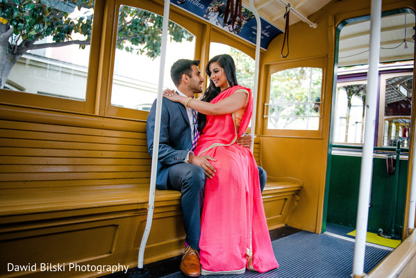 pre-wedding shoot dresses