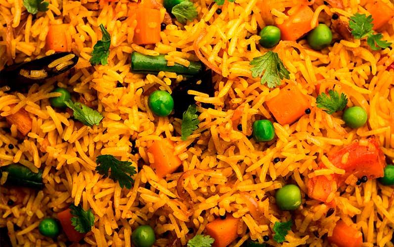 Preparación arroz pulao