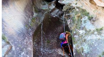 Les canyons du Makay à Madagascar en rappel