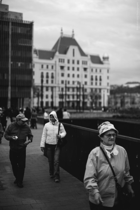 budapest buda pest hungary hongrie europe instant street photography color b&w people