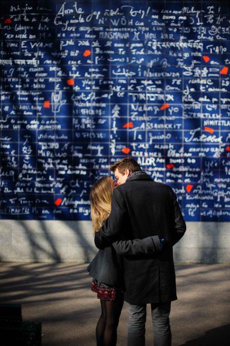 l'amour ! - Abesses - Paris - Street photography
