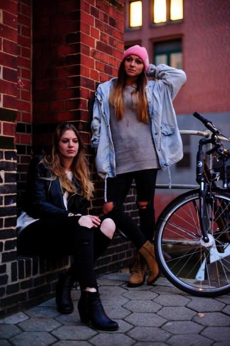 Actrices de music-hall à Hambourg - Melanie & Clara