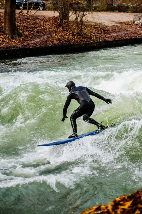 Surf à Munich | Incroyable une vague en plein centre ville 3