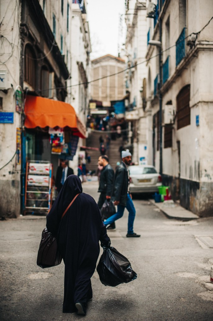 In the streets of Algiers 17