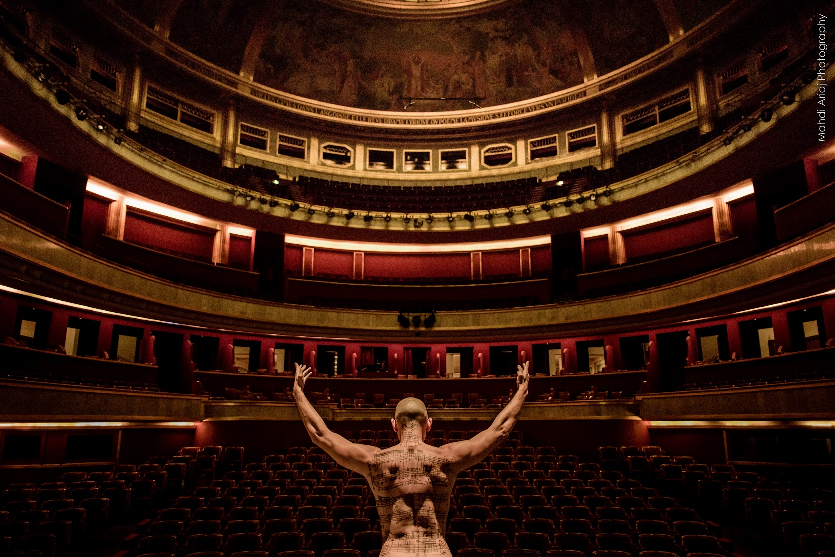 An evening at the Théâtre des Champs-Elysées - Une soirée au théâtre des champs-Elysées
