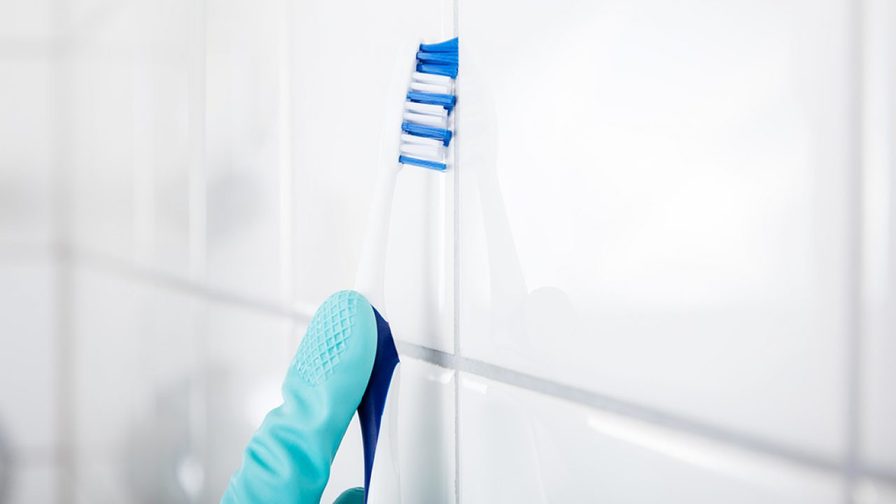 how to clean tile showers and grout