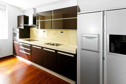 Novi Refrigerator Clean