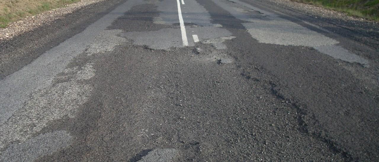 El deterioro de las carreteras, cifrado en 6.600 millones de euros