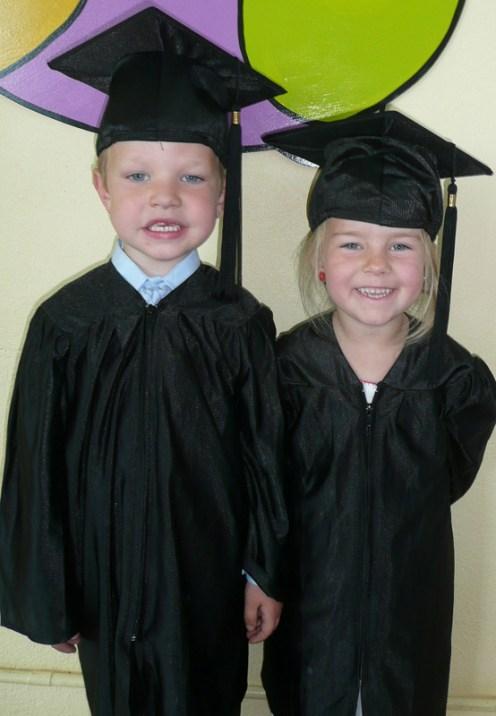 Muire Gan Sm‡l Castleisland Graduates 18-6-2014