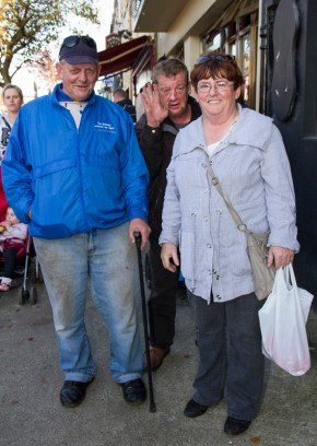 Pat and Geraldine Griffin from Knocknagoshel with a guest appearance from local man, Jerry Murphy during the annual November Horse Fair in Castleisland on Monday afternoon. ©Photograph: John Reidy