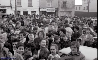Another section of the huge crowd attending the first St. Patrick's Day Parade in Castleisland. ©Photograph: John Reidy 17-3-1989