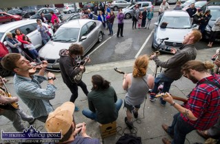 Members of the Galway Street Club in full flow outside Kearney's Bar this afternoon. ©Photograph: John Reidy