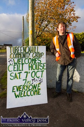 Local volunteer, Donal Cronin preparing for his stint on traffic management before the RTÉ Céilí House recording at Tureencahill Community Centre on Saturday evening. ©Photograph: John Reidy
