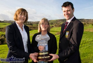 The Kerryman Captains' Challenge winner Julianne Browne (centre) pictured being congratulated by Castleisland Golf Club colleagues and captains, Catherine Walsh and Jonathan Kelliher on Sunday. ©Photograph: John Reidy 5-11-2017