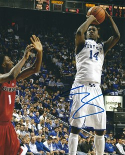 Autographed 8x10's of the Kentucky Wildcats