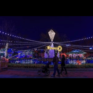 Franklin Square Holiday Festival 2019 Electrical Spectacle Holiday Light Show Sponsored By Peco Historic Philadelphia Inc At Franklin Square Philadelphia Pa Community