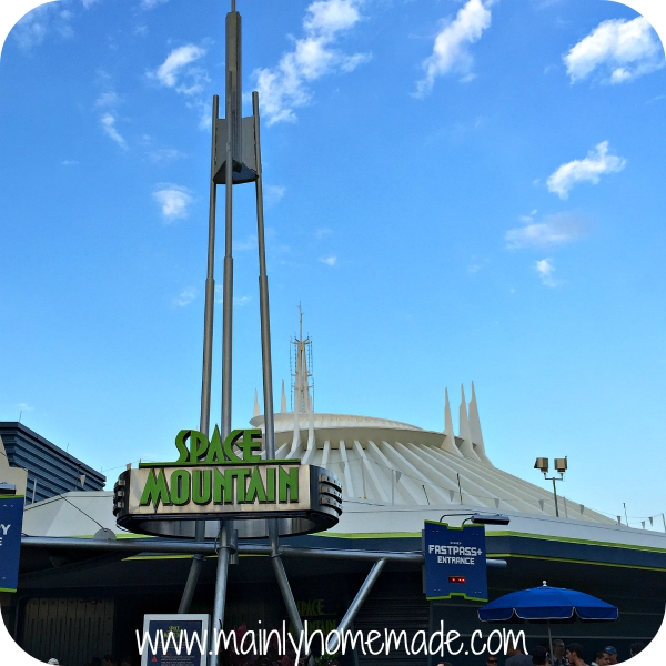 Space Mountain Rides for teens at walt Disney World