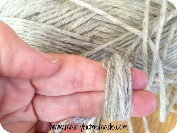 Wrapping yarn for homemade wool dryer balls