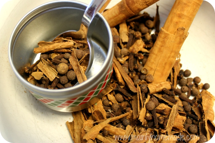 filing homemade mulling spice recipe mix