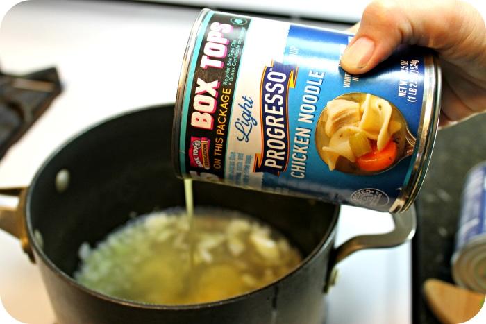 easy chicken tortilla soup pouring Progresso