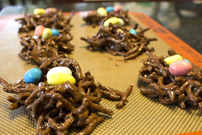 No bake Easter birds nest on silpat
