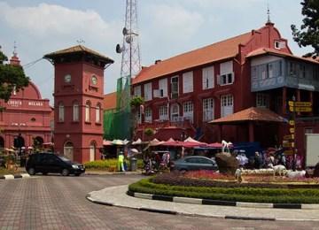 32 Tempat Menarik di Melaka | Panduan Lengkap Negeri Bersejarah
