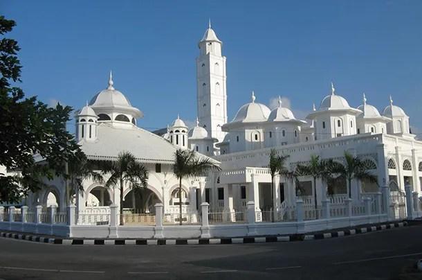 Masjid Putih Kuala Terengganu