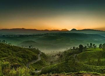 35 Tempat Menarik Di Bandung | Destinasi Percutian Dingin Penuh Keajaiban