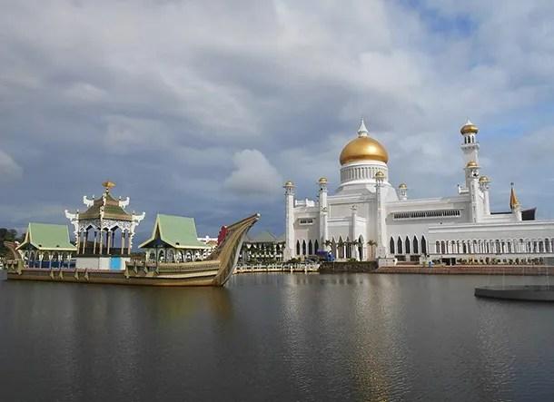 Tempat Menarik Di Brunei - Featured Image