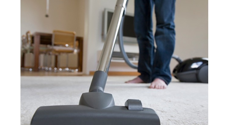 8 astuces pour bien nettoyer un tapis
