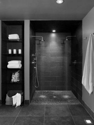 21 salles de bains noires elegantes et