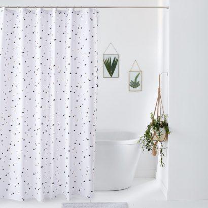 27 rideaux de douche tendances pour