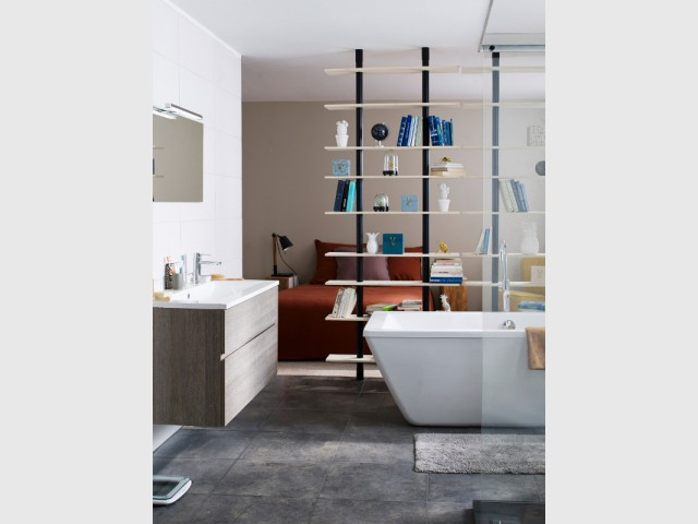 la chambre de la salle de bains